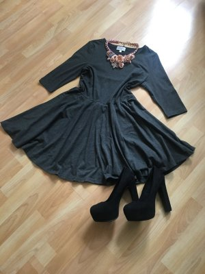 Ausgestelltes Kleid Apricot