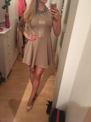 Ausgestelltes Kleid nude Topshop