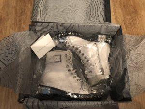 Alexander McQueen Zipper Booties white-silver-colored