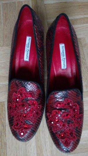 Aussergewöhnliche Fernando Pensato Schuhe Gr 41,5 Leder rot schwarz