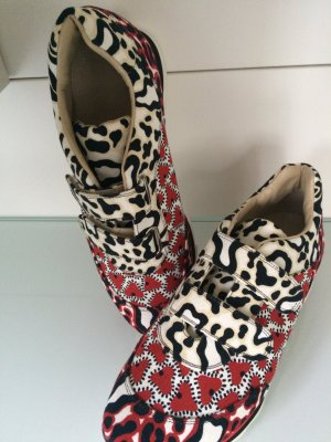 Außergewöhnliche Sneakers von Stella Mc Cartney
