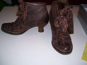 Bottines à lacets brun cuir