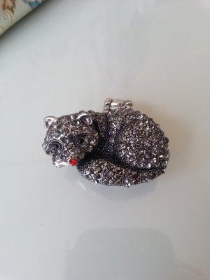 Außergewöhnlicher Ring mit Strass Tier in grau