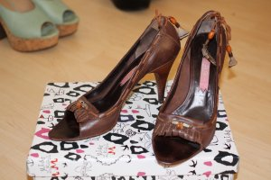 High-Heeled Sandals brown leather