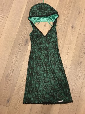 Außergewöhnliches Kleid mit Kapuze von BLUTSSCHWESTER