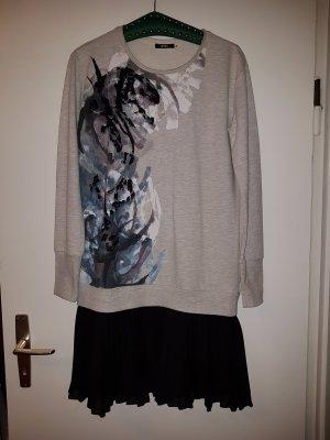 Außergewöhnliches Kleid von Biba in Poullover 0ptik!