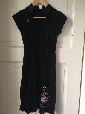 Außergewöhnliches Kleid von Vive Maria