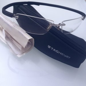 Ausverkaufte Tag Heuer Reflex Full Carbon TH0711 Brille