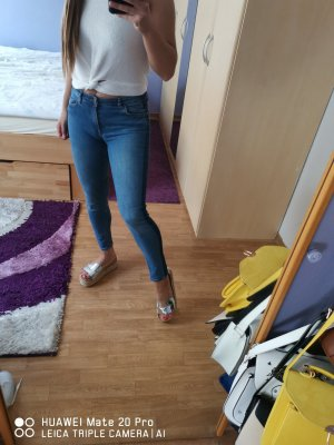 Authentic Skinny Jeans blue