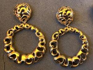Avon Pendiente color oro