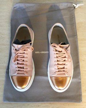 Axel Arigato Rosa & Goldfarbene Cap-Toe Sneaker