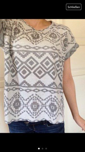 Aztek Forever 21 T-Shirt