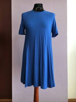 """Azurblaues Sommerkleidchen in figurfreundlicher A-Form von """"Zara"""""""