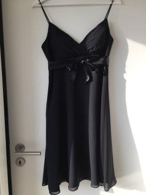 Babydoll Kleid schwarz mit Cups und Satinband 36