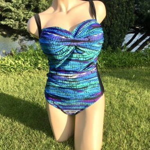 Swimsuit multicolored