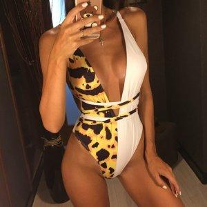 Badeanzug weiß Leoparden Ausschnitt