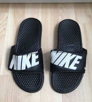Badelatschen von Nike Gr. 40/41
