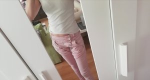 Baggy Jeans light pink