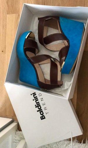 Baldinini Zapatos de cuña azul neón-marrón