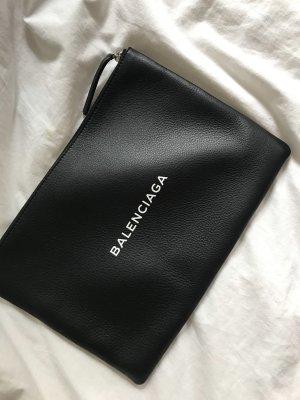 Balenciaga Clutch black-white