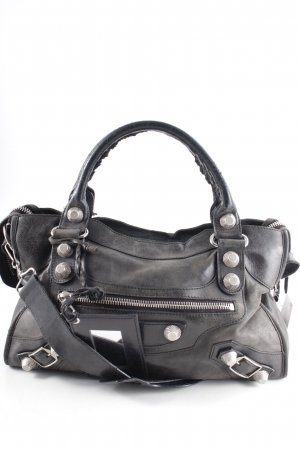 Balenciaga Bolso negro look casual