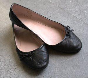 Balerinas Leder schwarz von Akira