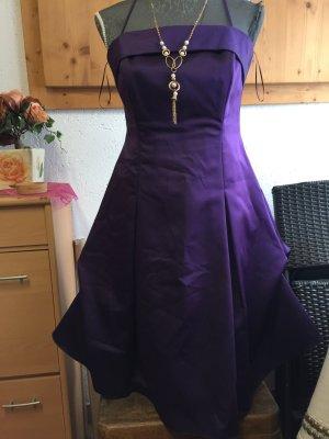 Ball/Abendkleid   Purpur /dunkel violet 38