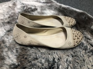 Patent Leather Ballerinas oatmeal-gold-colored
