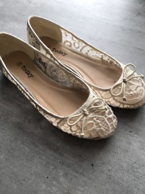 Today Ballerinas with Toecap natural white