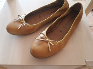 Tamaris Ballerinas with Toecap yellow-ocher
