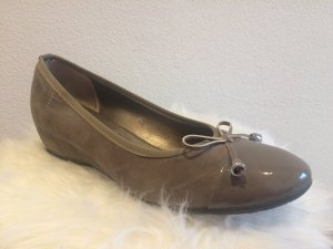 Patent Leather Ballerinas grey brown