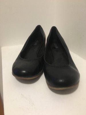 Ariane Ballerines en cuir verni noir