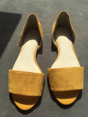 Peep Toe Ballerinas yellow