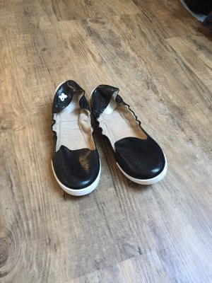 Butterfly twists Foldable Ballet Flats black-white