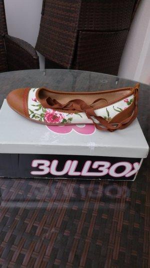 Ballerina von Bullboxer