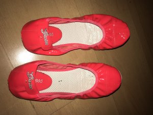 Guess Patent Leather Ballerinas neon red