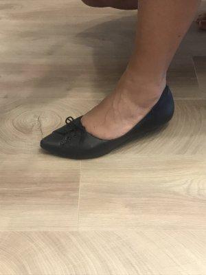Ballerinas aus Leder von Vagabond