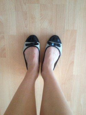 Ballerinas, beige, schwarz Lack, Gr. 38