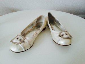 Ballerinas in beige / weiß, Gr. 36