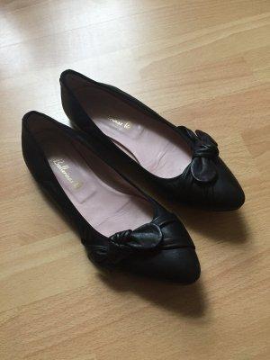 Ballerinas in schwarz