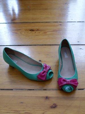 Ballerinas mit Absatz und Peeptoe, 50s Look