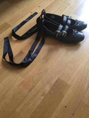 Ballerinas mit Satinband Schnürung schwarz Größe 39