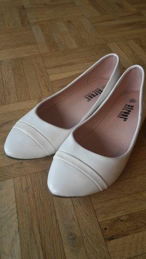 Ballerinas perfekt zum Sommerkleid