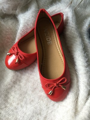 Patent Leather Ballerinas red