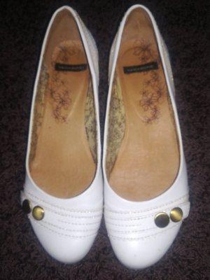 Vagabond Ballerinas white