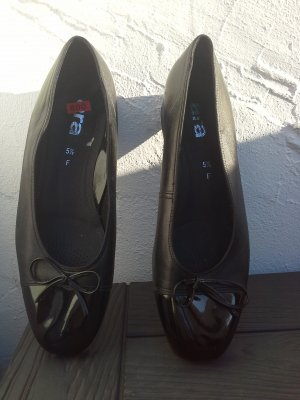 ara Patent Leather Ballerinas black leather