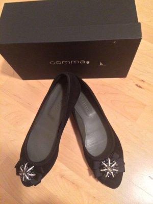 Ballerinas von der Marke Comma