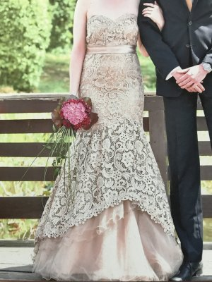 Ball Dress gold-colored-beige