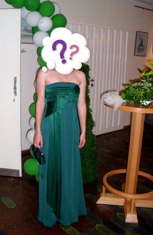 Ballkleid / Abiballkleid in waldgrün mit passender Tasche