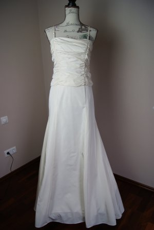 Ballkleid/Brautkleid in ivory von Jones
